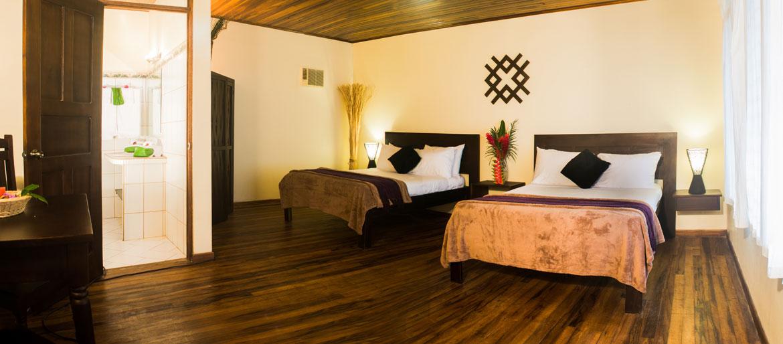 hotels-manuel-antonio-06.jpg